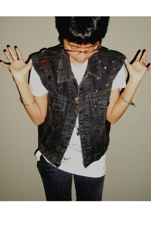 DIY denim jacket into a denim vest
