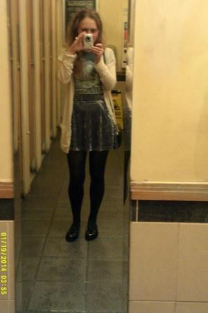 Qwertee t-shirt - Topshop skirt - Topshop cardigan - Chicwish flats