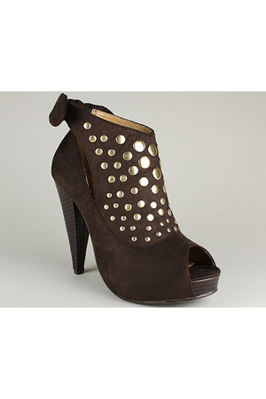 FOR SALE STUDDED BOOTIE