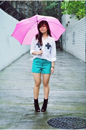 cotton on boots - green OASAP shorts - umbrella IKEA accessories