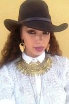 Isabella Rae necklace - 100 wool SCALA hat - Isabella Rae earrings