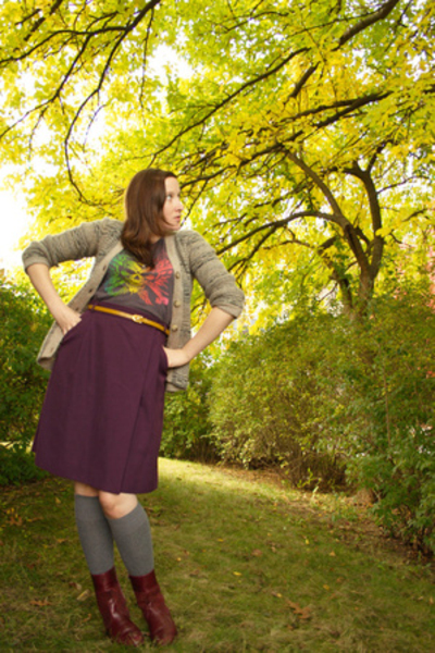 skirt - shoes - sweater - t-shirt - belt