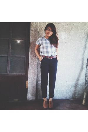 heather gray blouse - dark brown leather Lower East Side shoes