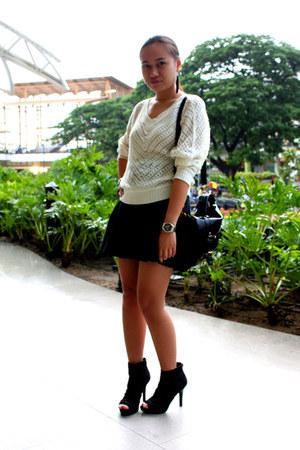 black Payless shoes - black Shop  ME bag - black Bayo skirt - ivory thrifted top