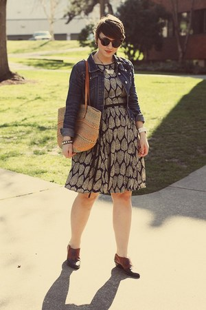 thrifted shoes - eShakti dress - H&M sunglasses