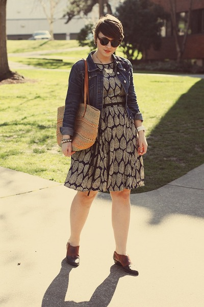 thrifted shoes - eShakti dress - H&M sunglasses