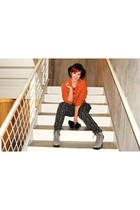 black nastygal hat - burnt orange Joie blazer - off white American Apparel top -