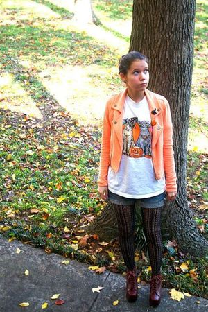 orange Nom de Plume Yaya jacket - white moms t-shirt - blue DIY shorts - black B