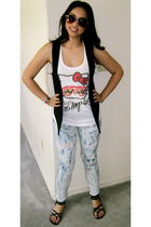 Urban Outfitters vest - Forever 21 shoes - Forever 21 shirt - Forever 21 glasses