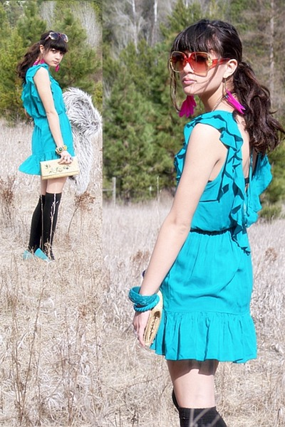 beige accessories - blue shoes - blue dress - black socks