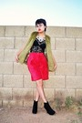 Red-vintage-shorts-black-thrifted-shirt-green-vest-blue-mixit-necklace-b