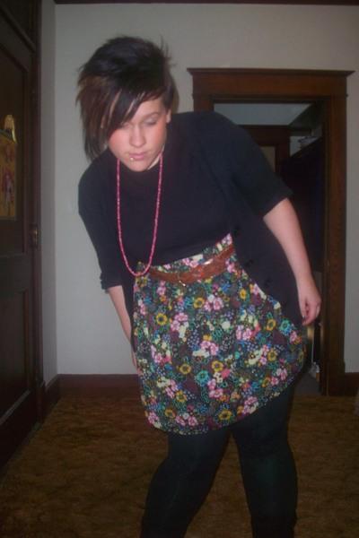 Target boots - Puritan t-shirt - Target skirt - Max Azria leggings - Goodwill be
