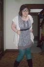 Purple-skirt-purple-lux-top-green-merona-tights-black-mossimo-boots-beig