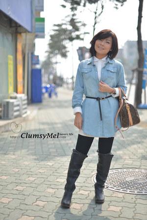white collar blouse - denims blouse - black leather boots - black leggings
