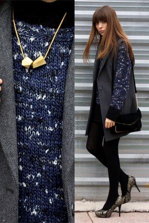 black basic BLANCO bag - navy wool Mango sweater