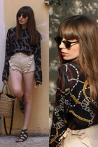 Unique Shorts_El Delgado Buil