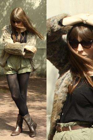 dark brown Zara boots - light brown rabbit fur Mango coat - olive green Zara sho