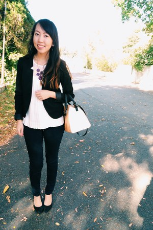 black H&M blazer - navy Old Navy jeans - nude Zara bag - black H&M pumps