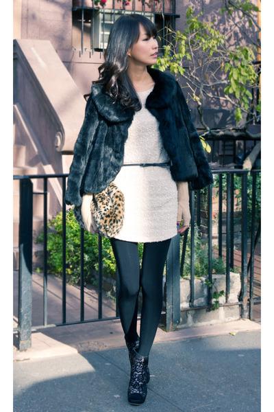 cape fur vintage coat - misspouty dress