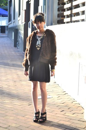 Equip necklace - black heels Glassons shoes - supre dress