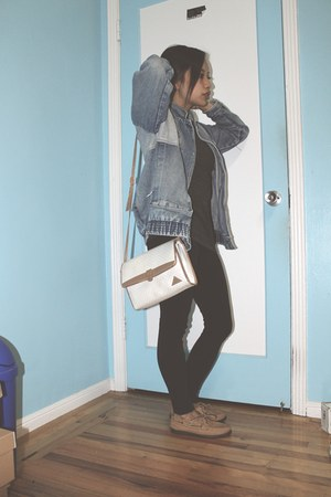 blue jacket - light brown sperry topsider shoes - black Target leggings