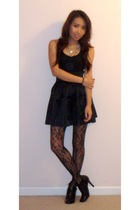 black Forever 21 shirt - black American Apparel skirt - black Forever 21 tights