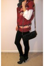 Top-red-cardigan-gray-scarf-black-leggings-black-boots-black-purse