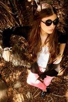 H&M jeans - Lefties vest - Lefties t-shirt - Lefties shoes - H&M sunglasses - Za