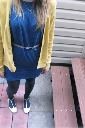 American Aparel sweater - American Aparel dress - Atmosphere tights - Feet First