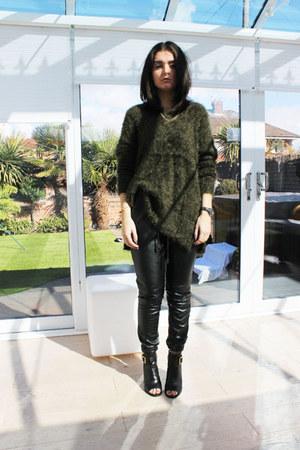 army green H&M jumper - black Kurt Geiger boots - black Forever 21 pants