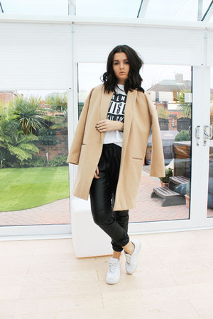 white nike sneakers - camel River Island coat - black Forever 21 pants