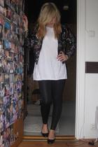 jacket - t-shirt - pants - shoes