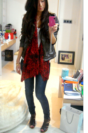 Bday Gift jacket - Zara scarf - Mango top - Zara pants - Chanel 255 Maxi Caviar