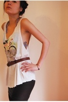 top - skirt - belt - bra