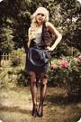 Black-vest-light-blue-leopard-print-top-navy-skirt