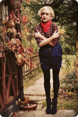 navy skirt - ruby red shirt