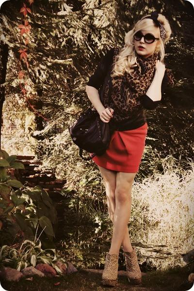 brown scarf - black vest - ruby red skirt