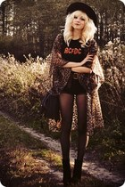 ruby red vintage t-shirt - black boots - dark brown coat