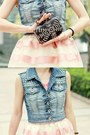 Black-studs-skulls-bag-hot-pink-necklace-bubble-gum-skirt