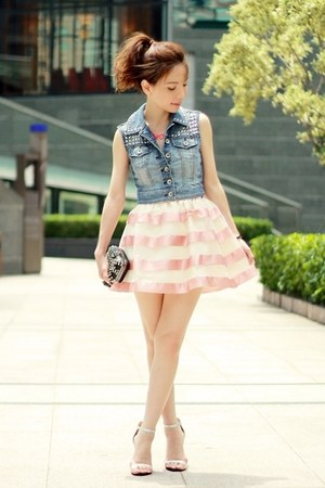 bubble gum skirt - black studs  skulls bag - hot pink necklace