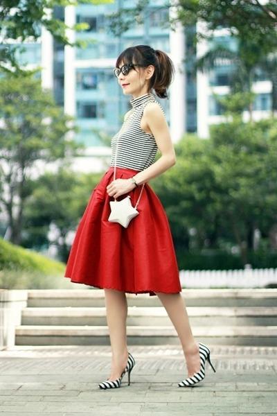 black audrey Celine sunglasses - silver star box clutch Choies bag