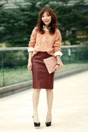 maroon Choies skirt - coral Sheinside sweater - off white floral print shirt