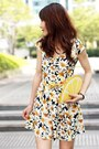 Navy-daisies-print-choies-dress-yellow-lemon-clutch-monki-bag