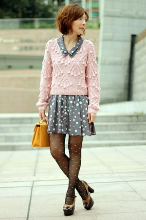 light pink wool Marblee sweater - navy polka dots ingni dress - mustard bag