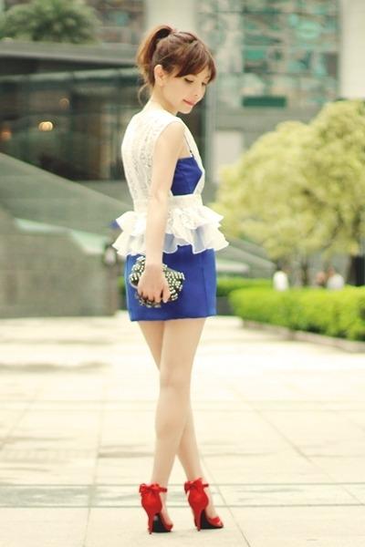 blue dress - black bag - red bows Nine West heels - silver necklace