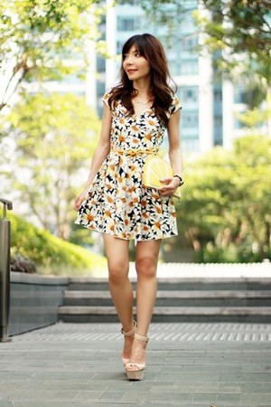mustard Local store belt - navy daisies print Choies dress