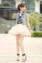 peach cascading tulle Sheinside skirt - black studded tiger H&M t-shirt