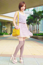 off white bow mary-janes heels - beige dress - mustard heart lock bag