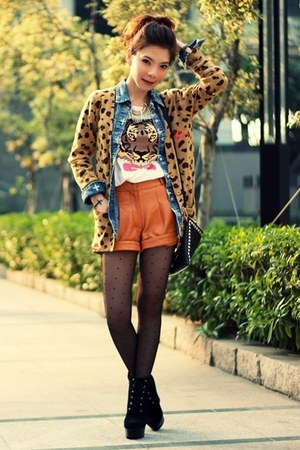 light orange leopard print cardigan - blue shirt - gold spikes H&amp;M scarf