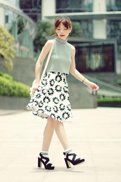 white ps11 tiny PROENZA SCHOULER bag - white Topshop socks - black Murua top